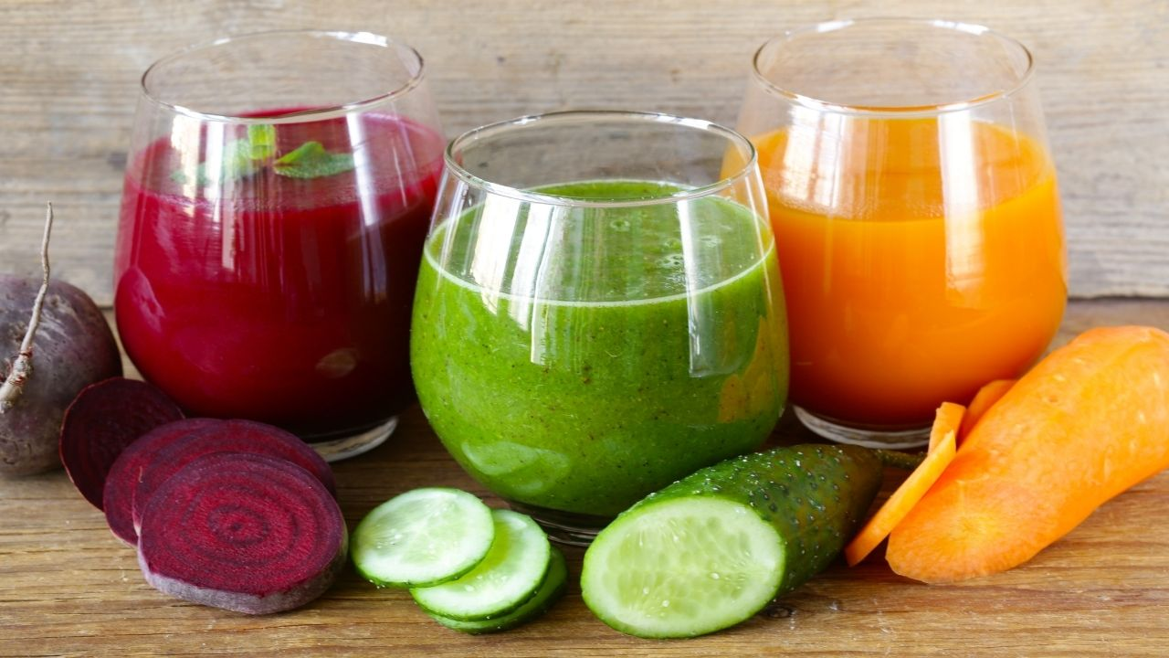 How Your Restaurant Can Benefit from Using a Commercial Juicer